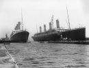 H1637Titanic Leaving The Docks_BW1024.jpg